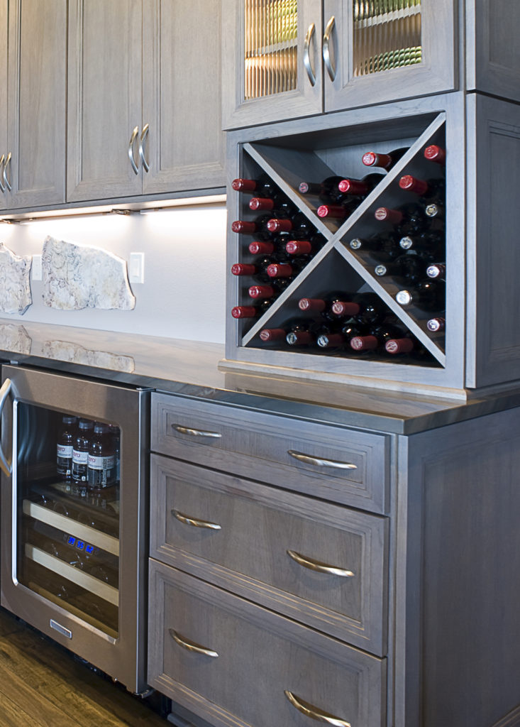 Wine bottle storage in x-shaped rack
